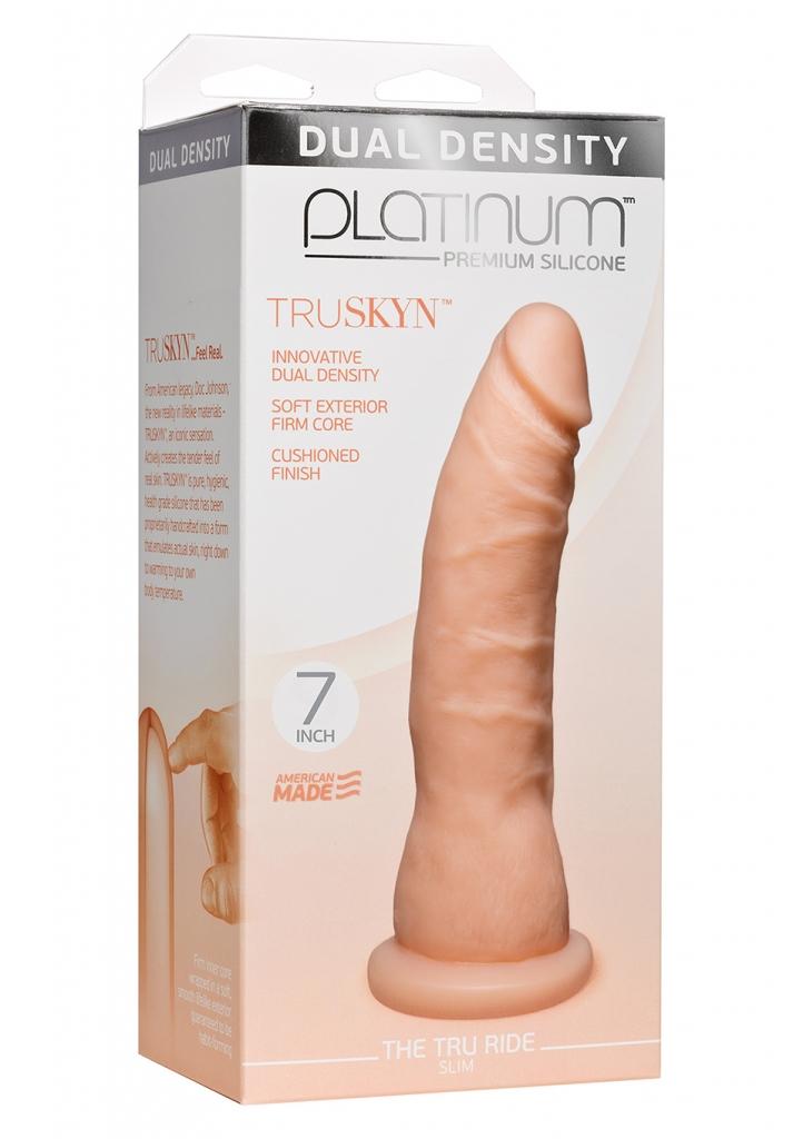 Tento luxusní, ultra realistický penis z dílny Doc Johnson využívá revoluční techniku dvojí hustoty materiálu.  Kombinace pevného a pružného vnitřního jádra s povrchem na omak podobnému skutečné kůži…