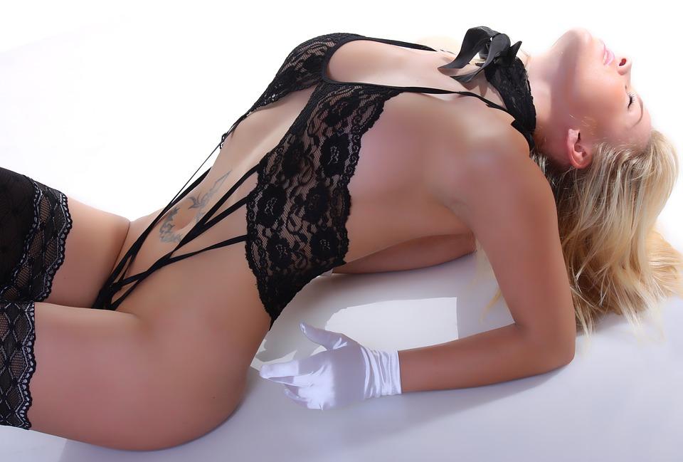 Vyplatí se zaplatit si instantní sex na privátu?