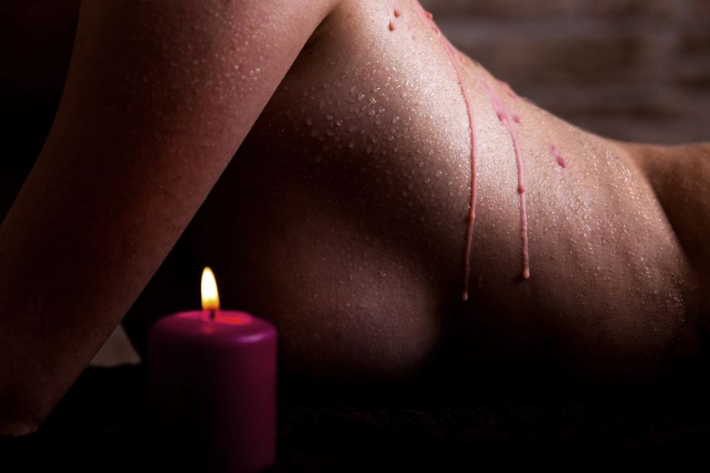 Shots - Ouch! Wax Play Candle Rose Scented