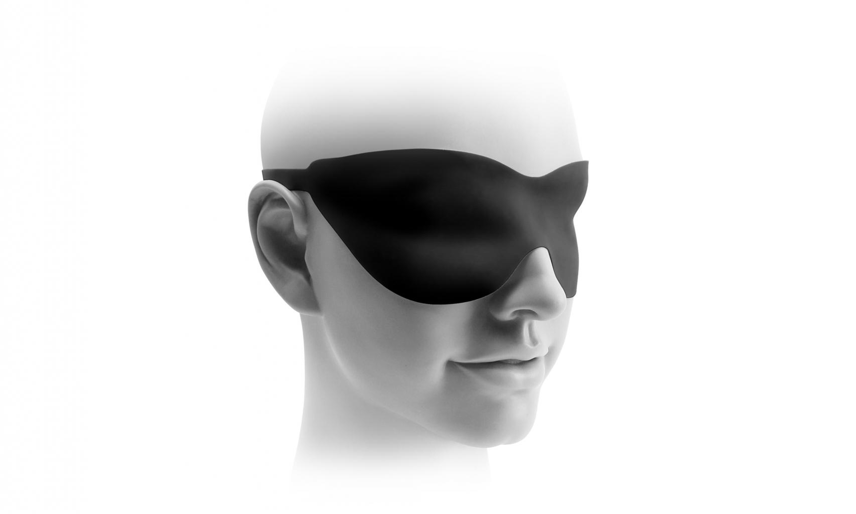 Balení obsahuje silikonovou masku na oči.