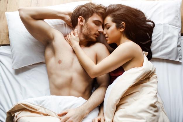 9 důvodů, proč se milovat hned po ránu