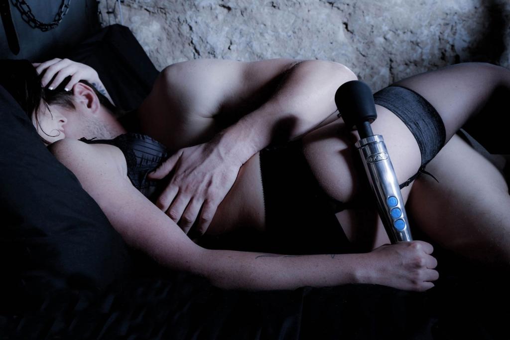 DOXY Die Cast Wand Massager